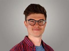Tom Nowak<br /> <i>Online Marketing</i>